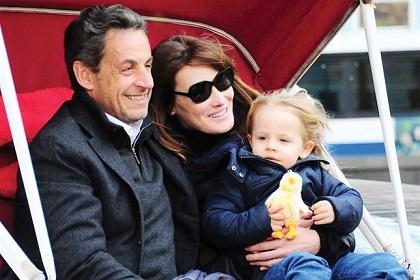 Carla Bruni Fiere De Sa Fille Ses Tendres Cliches De 271jul30